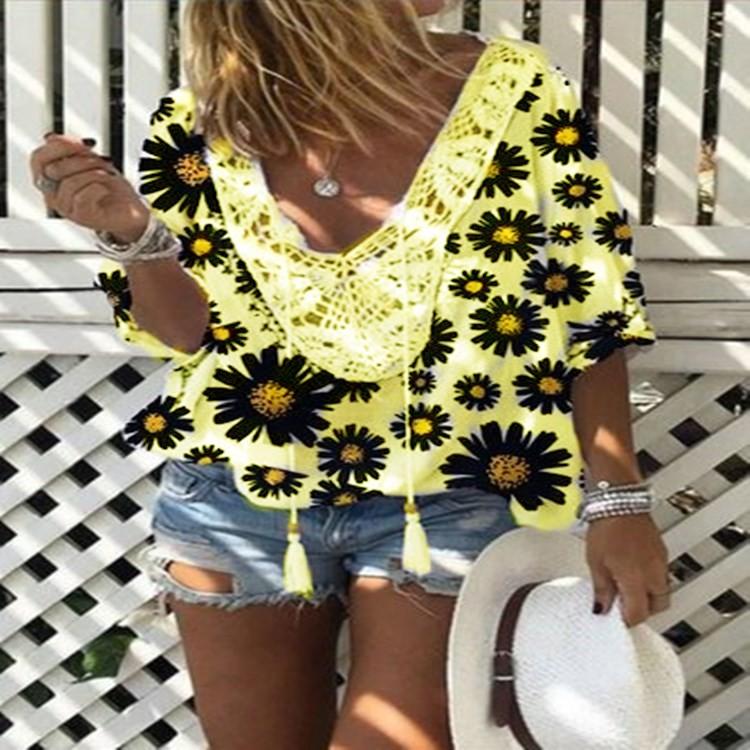 Women's Stitching Lace V-Neck Tassel Small Daisy Printed Wild  Shirt