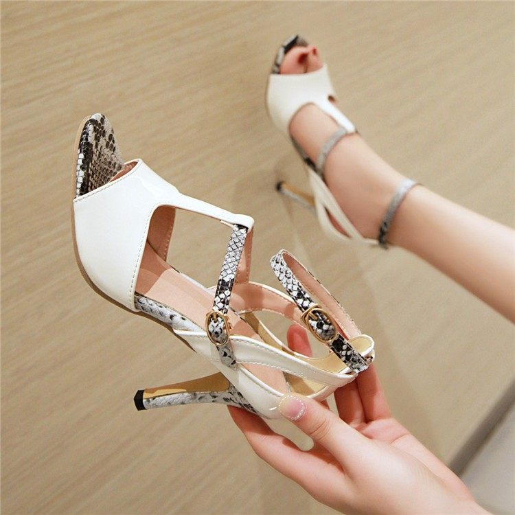 Mouth Stiletto Sandals